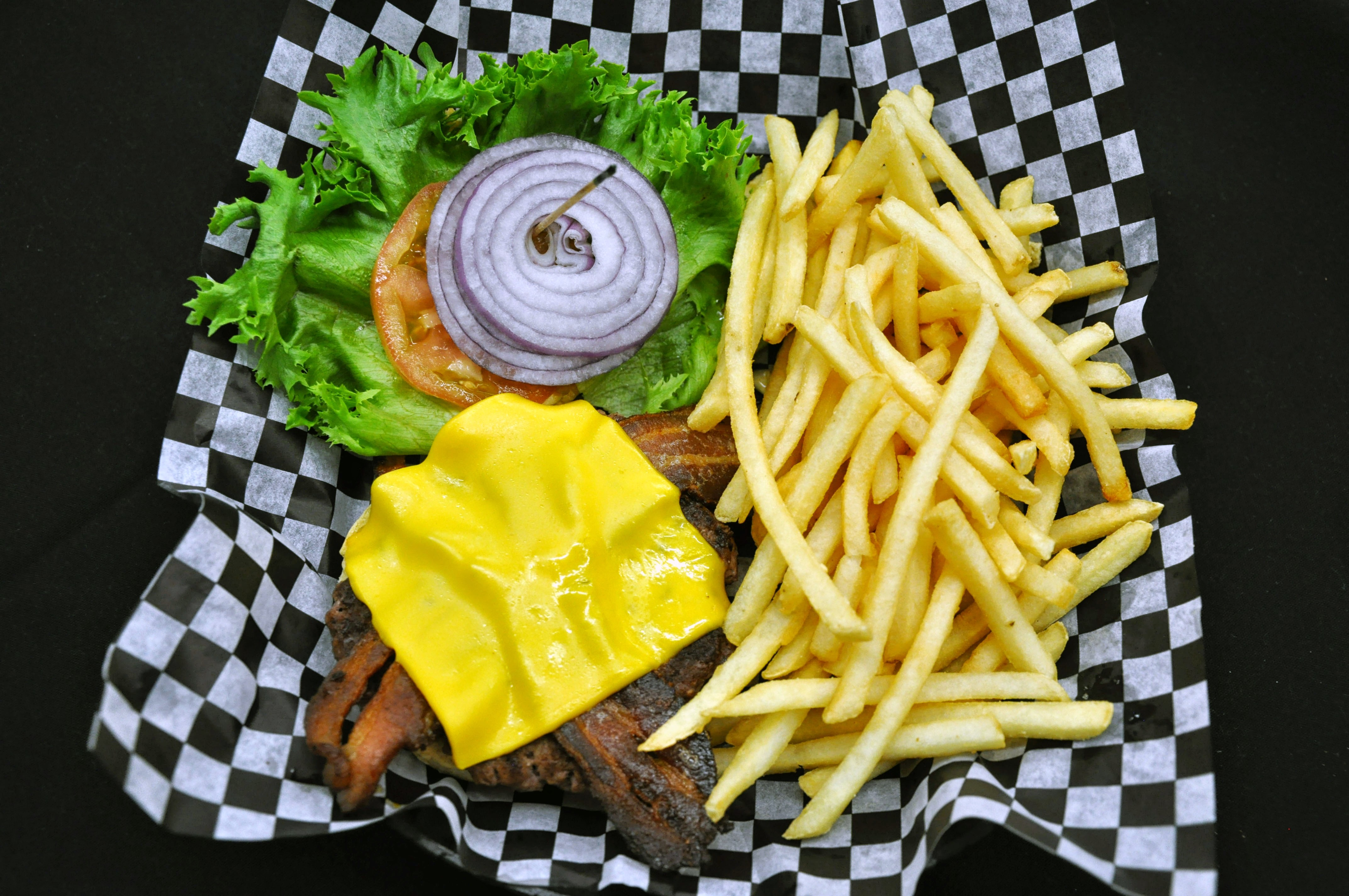 burger platter photo